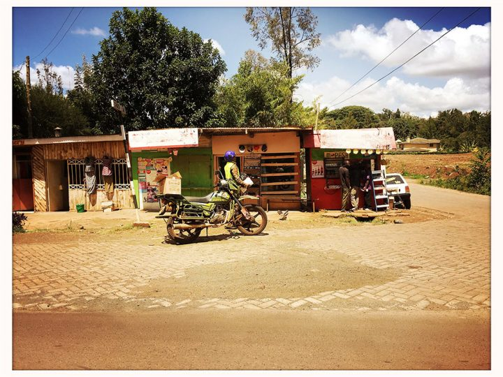 Ridgeways Nairobi: pit stop, for buying all kinds of stuff or get refreshments, built from what is available.